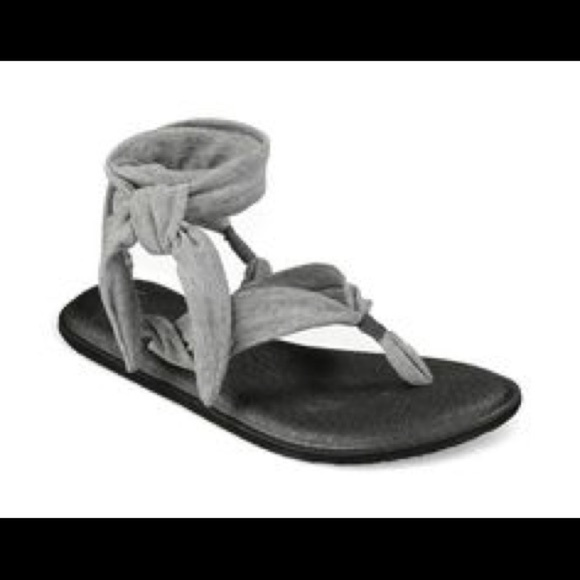 baa071044763 SANUK NWT Heather Gray Yoga Slinged Up Sandal 8